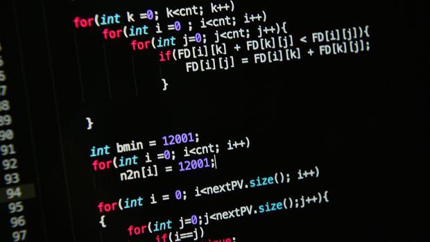 اولین کامیت لینوکس در گیتهاب