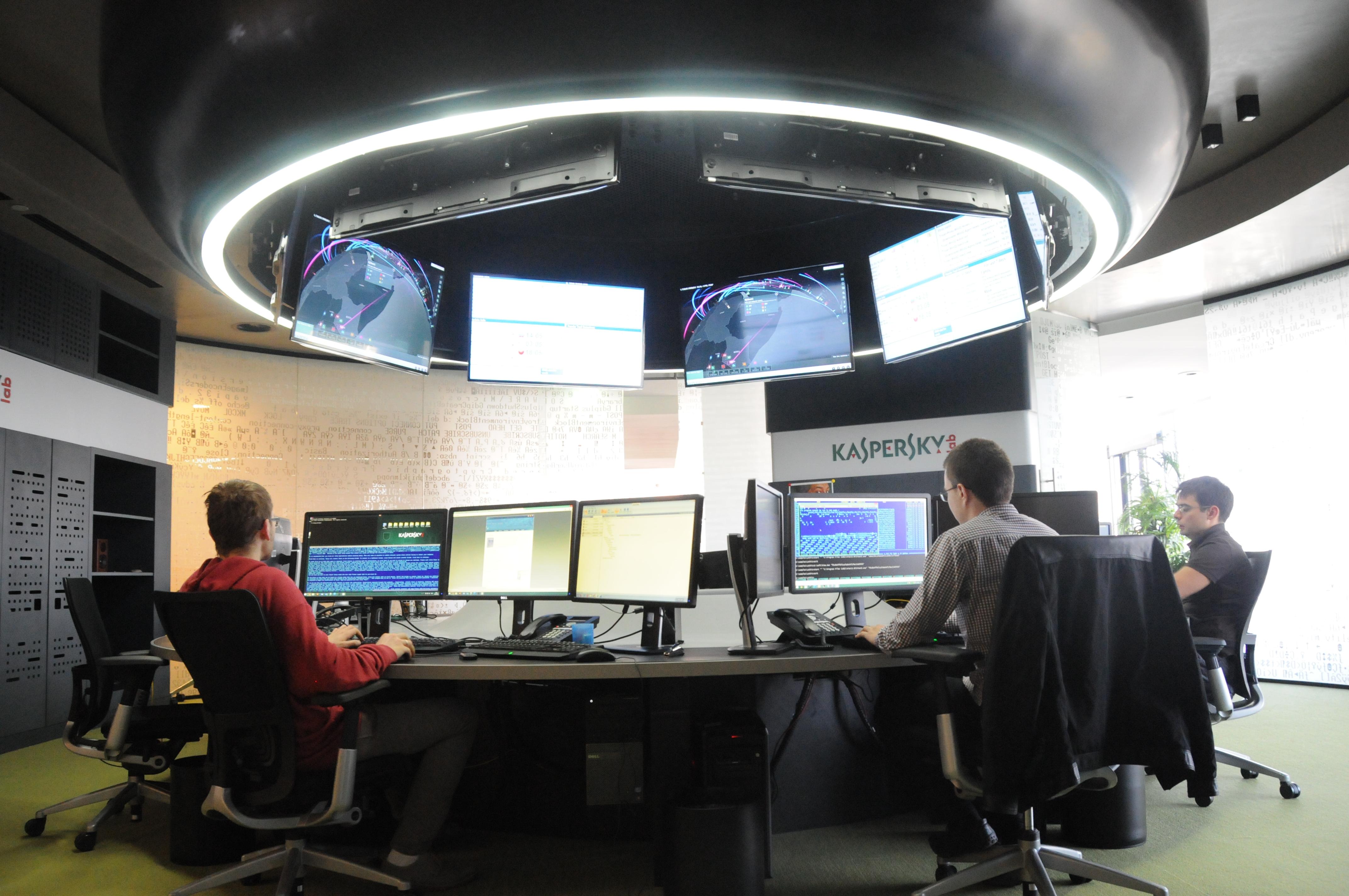بدافزار جاسوسی سایبری از دیپلماتها کشف شد