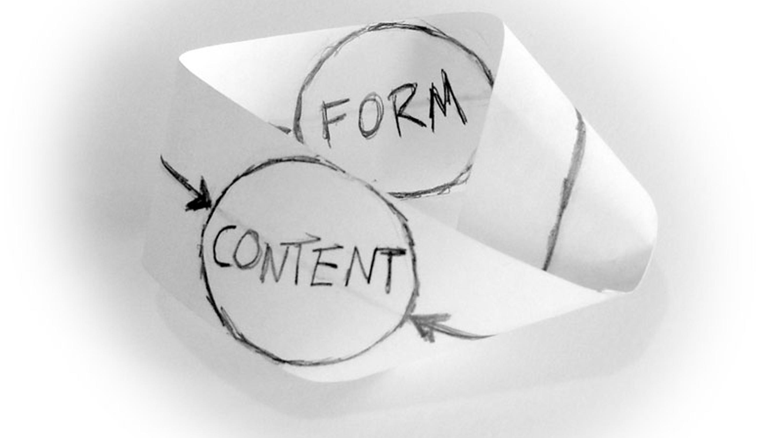 ارتباط عمیق و معنادار بین فرم و محتوا یکی از اصول اولیه طراحی است