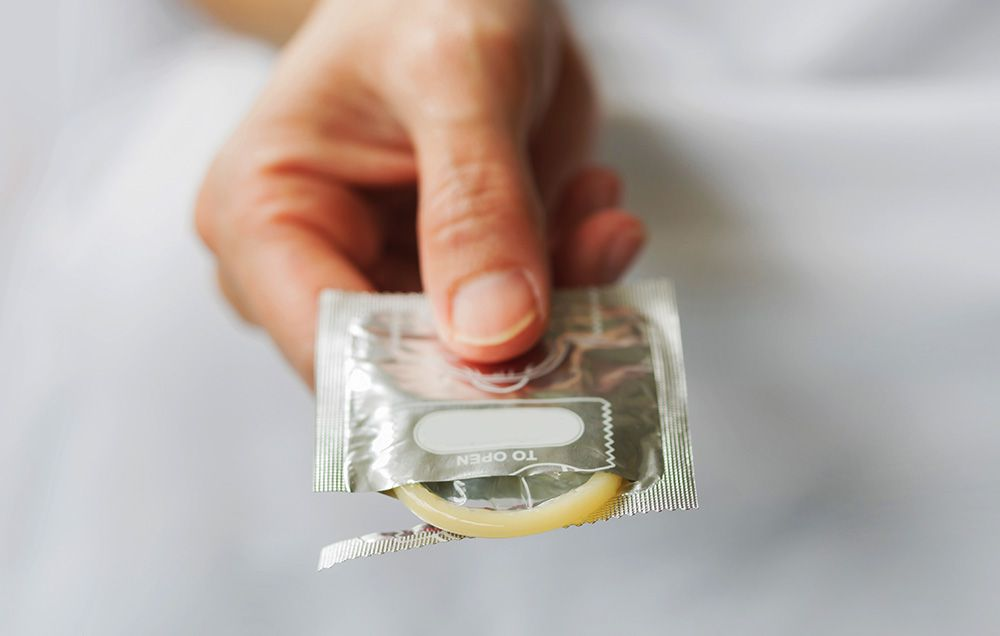 اگر کاندوم پاره شد چه کاری باید انجام بدهیم ؟؟