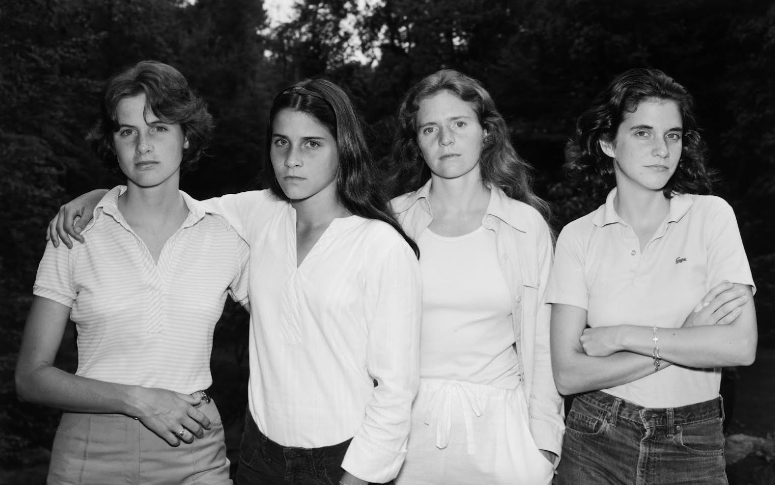 چهار خواهر در خط زمان