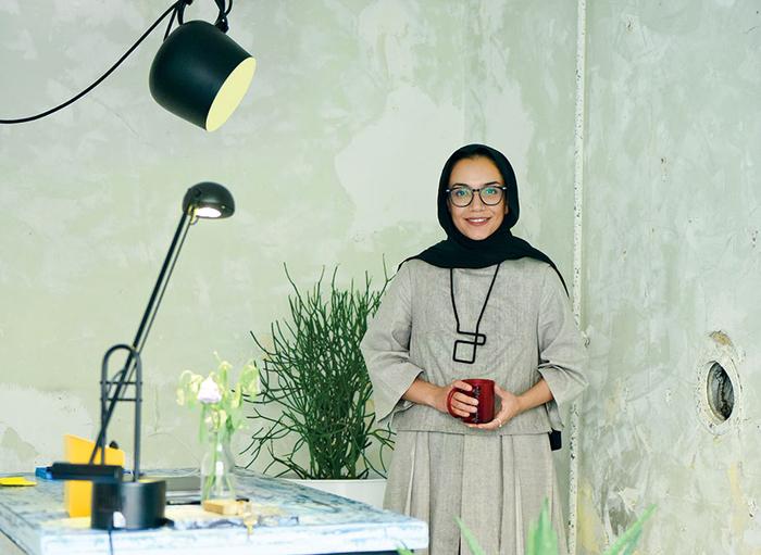 لنا وفایی: پیاده از  نیویورک تا تهران