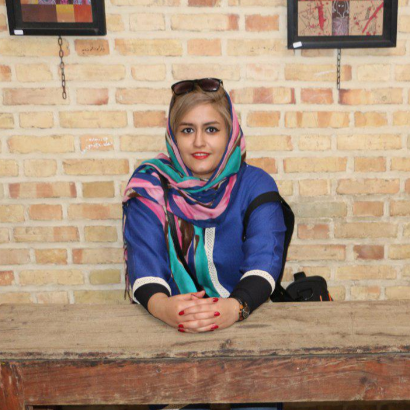 Farinaz Kahfi