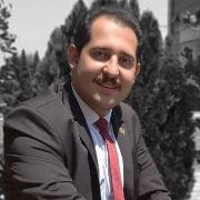 اشکان احمدیزاده