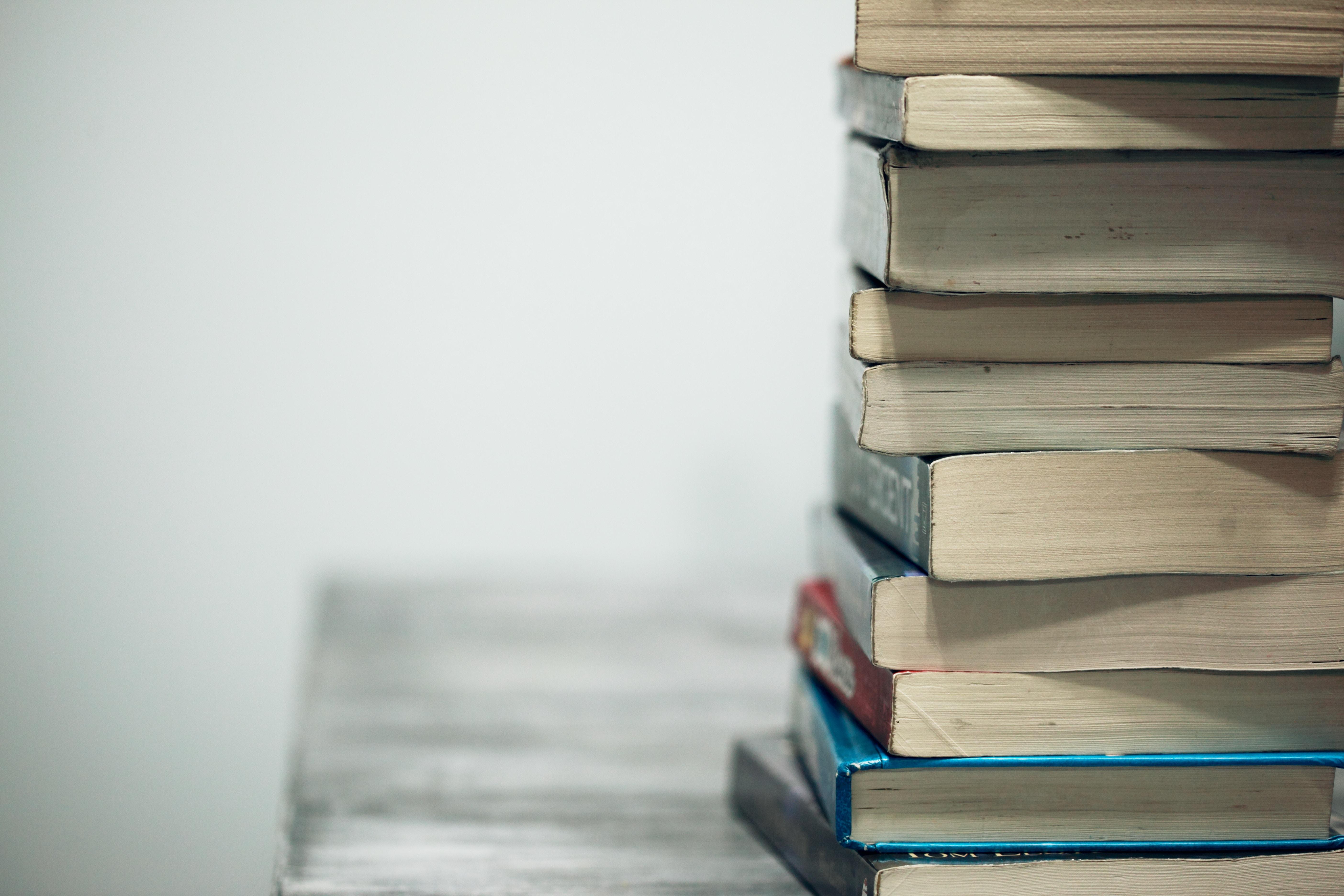 چگونه ۱۰ برابر بیشتر کتاب بخوانیم؟