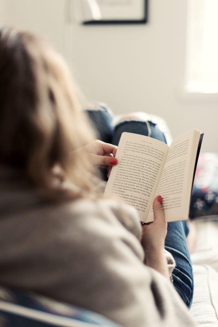 چرا کتاب بخوانیم؟ تجربه من از کتاب خواندن