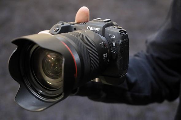 بررسی تخصصی دوربین کانن RP