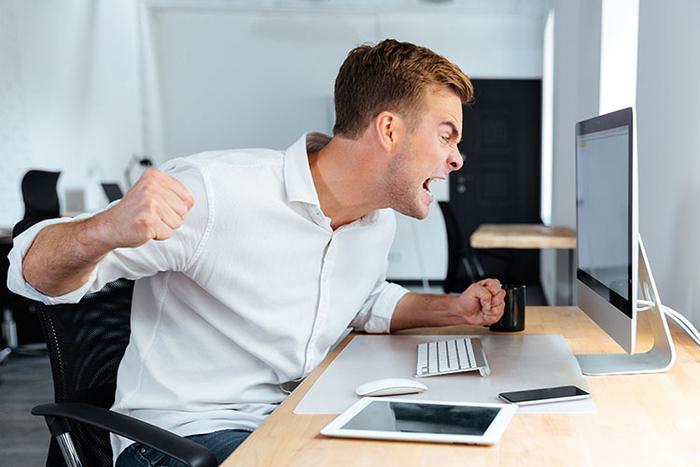 چقدر قادر هستید عصبانیت خود را در محل کار کنترل کنید؟