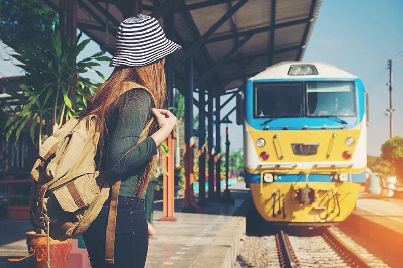 چطوری تنها سفر کنیم و خوش بگذرانیم؟