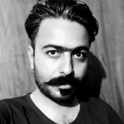 آرمان حسینی