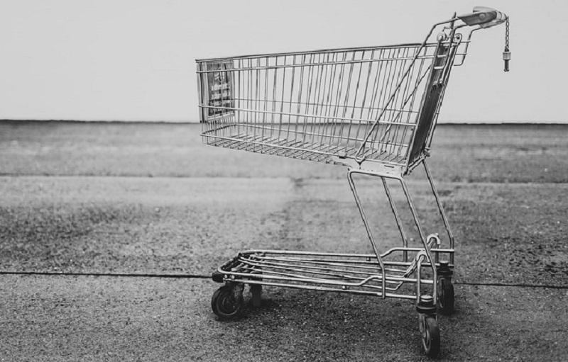 آیا خرید در حراجی به نفع شماست؟ از روانشناسی خرید بیشتر بدانید.