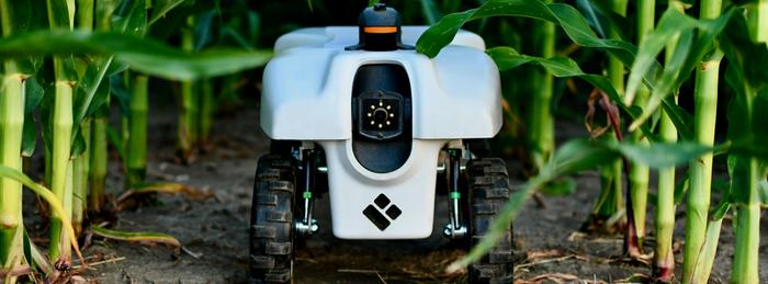 پایش سلامت، فیزیولوژی و پاسخدهی گیاهان به استرس با ربات TerraSentia