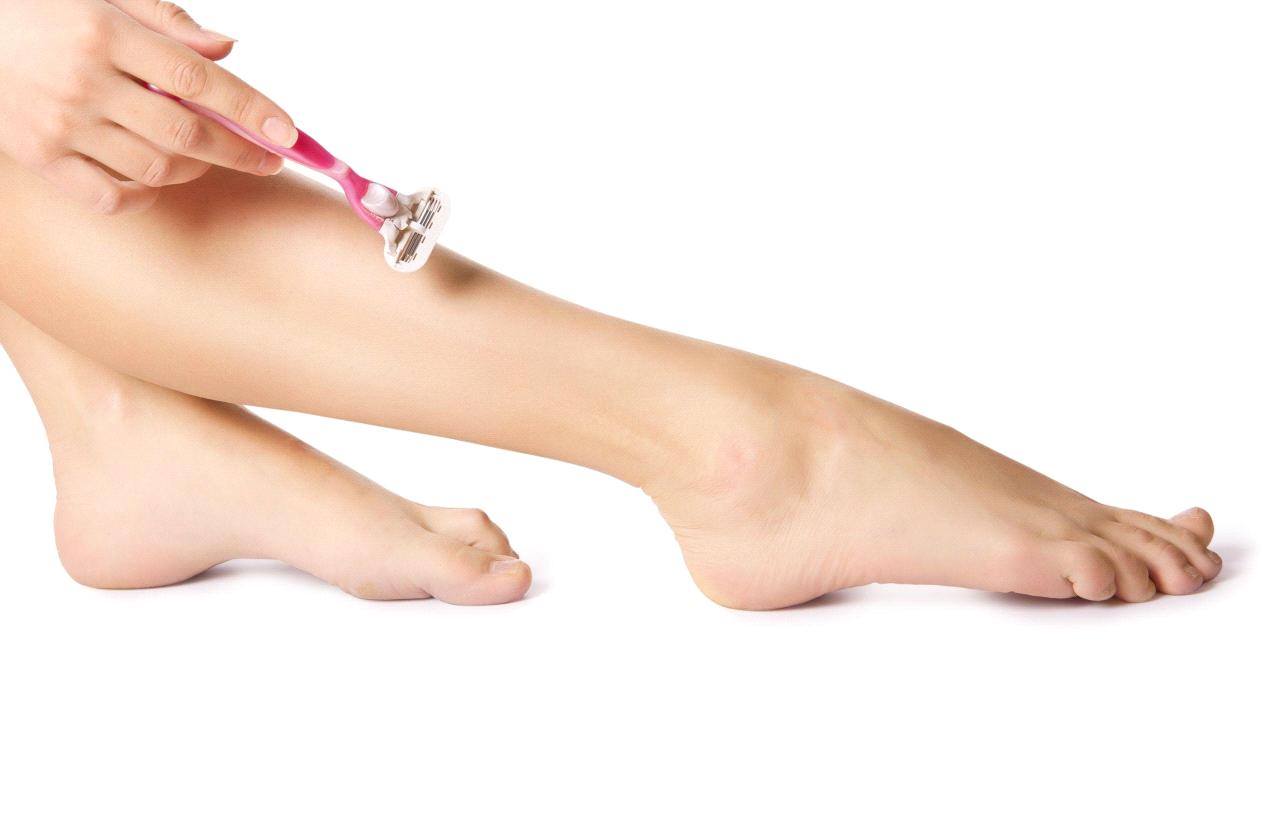 شیو کردن بدن قبل از لیزر