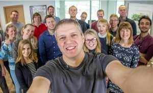 شرکت Click And Grow توسعه دهنده مزارع هوشمند خانگی