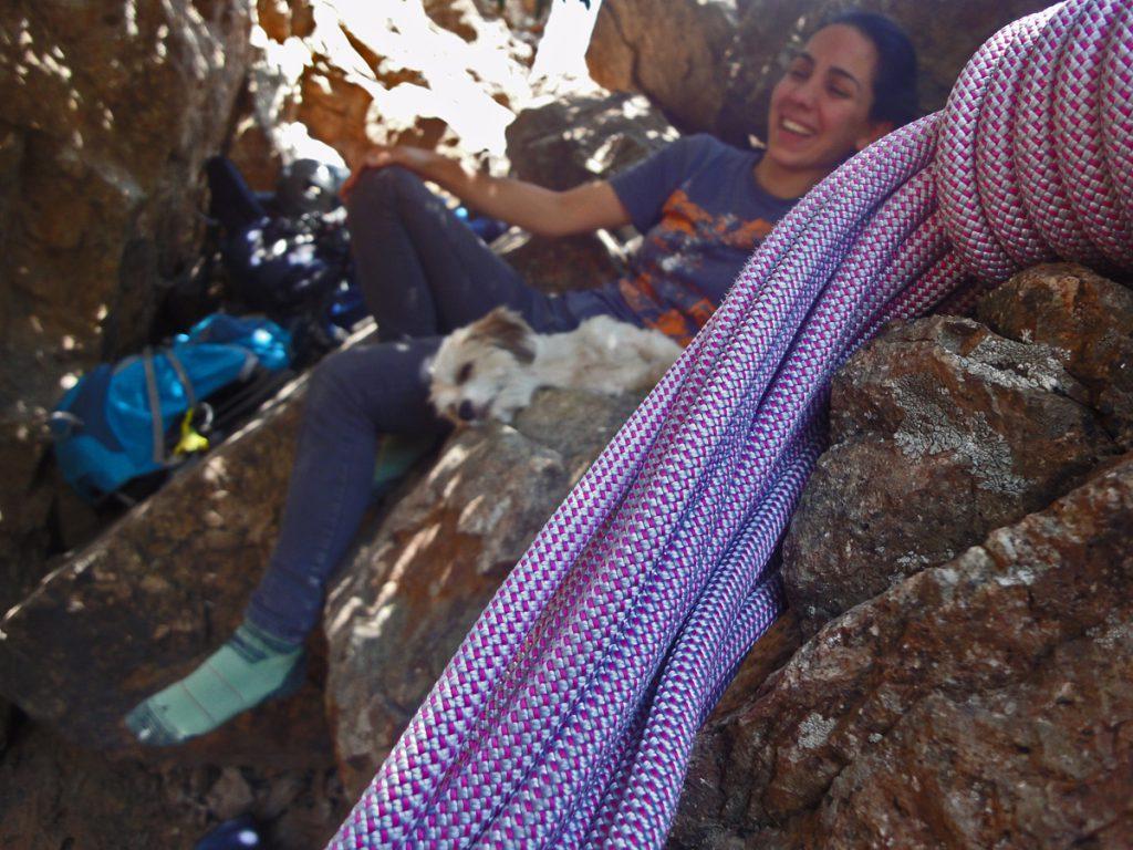 طناب انفرادی از واجبات سفر طبیعتگردی است.