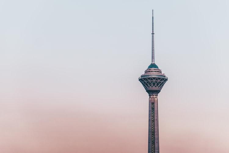 سفر به تهرانم آرزو نیست
