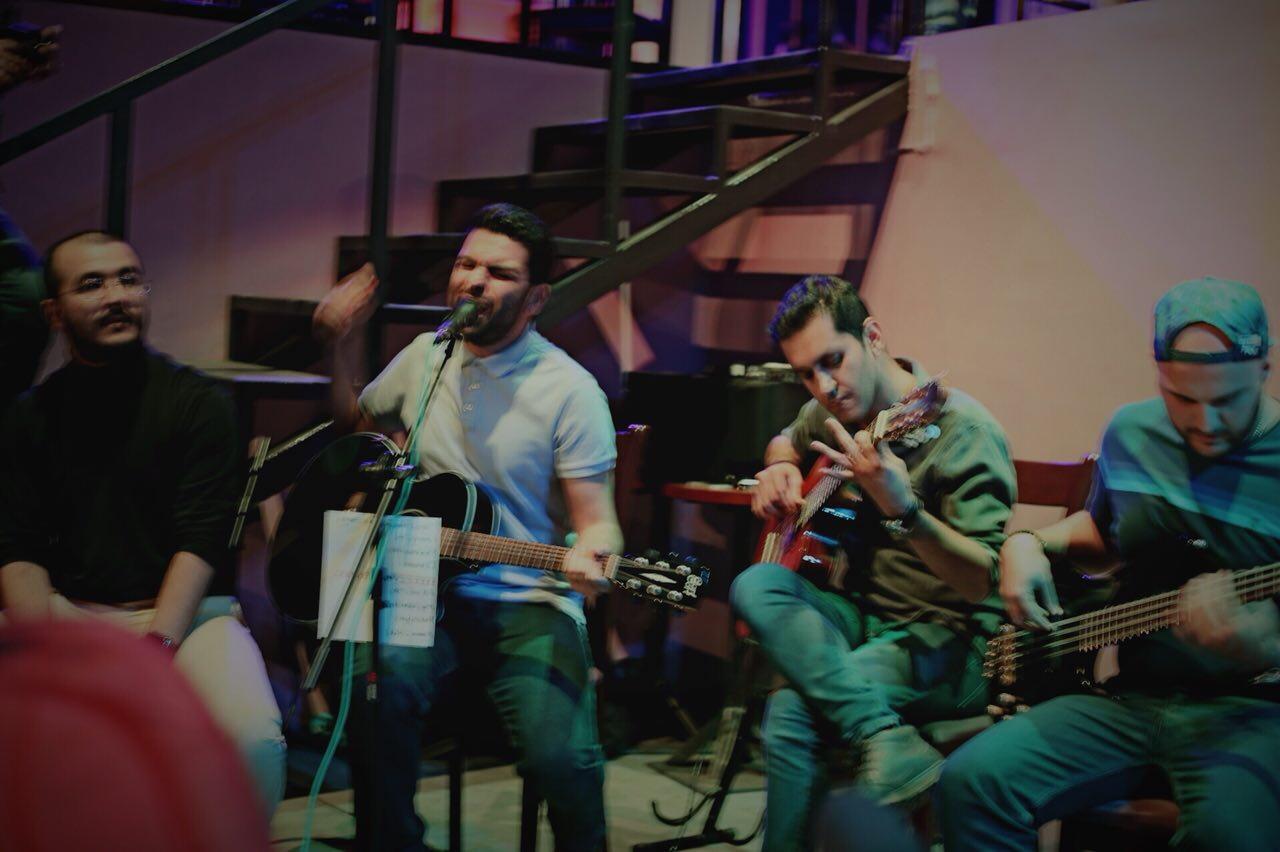 اجرای گروه کادبند - بازخوانی ترانه radioactive