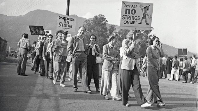 راهپیمایی کارمندان شرکت والت دیزنی
