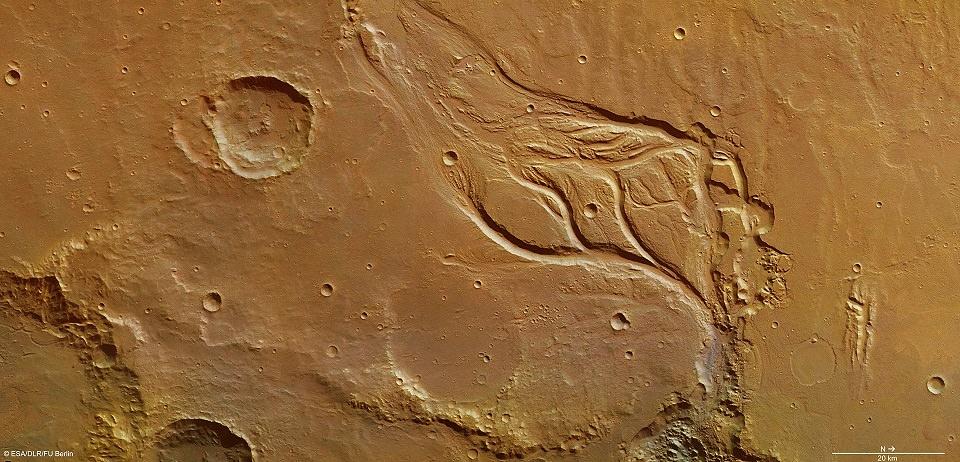 حرکت آب روی سطح مریخ