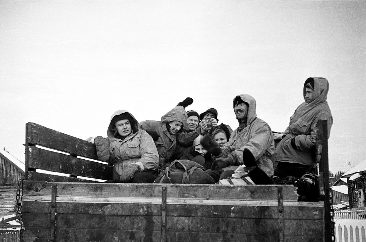 تصویری دسته جمعی از اعضای گروه دیتلوف