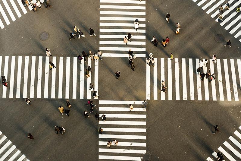 راهنمای شناخت مشتریان به کمک پرسونا + نمونه پرسشنامه