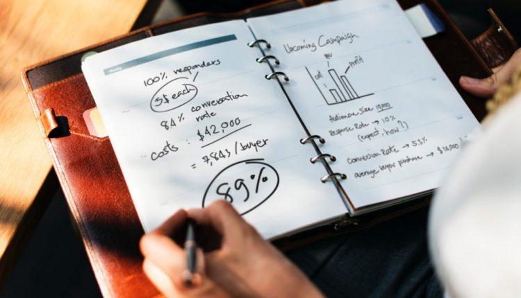 چگونه مدل کسب و کار خود را بسازیم؟