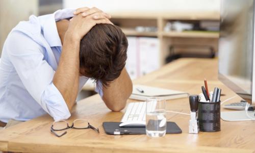 خستگی در محیط کار... یه داستان تکراری!