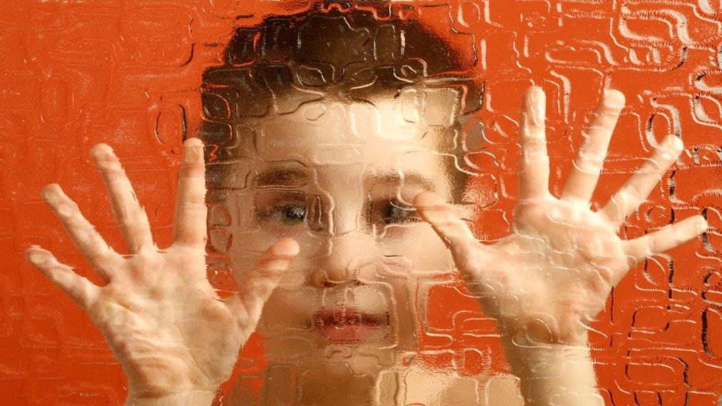 آیا هر بچه ی شیطونی بیش فعاله؟!