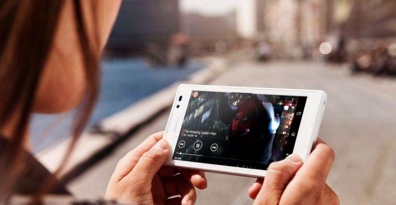 تا کنون به اتفاقات و جریانات رسانه ای در اخیر توجه نموده اید؟ سالی که در آن رابطه مصرف کننده با تولیدات ویدئویی تحول یافت. منشا تحول هم، فناوری های جدید بود.