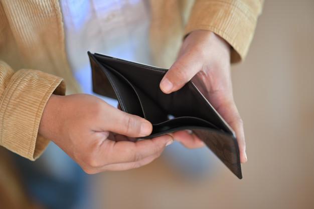 راههای فرار از فقر و فشار مالی...