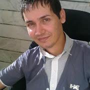 بهمن کریمی