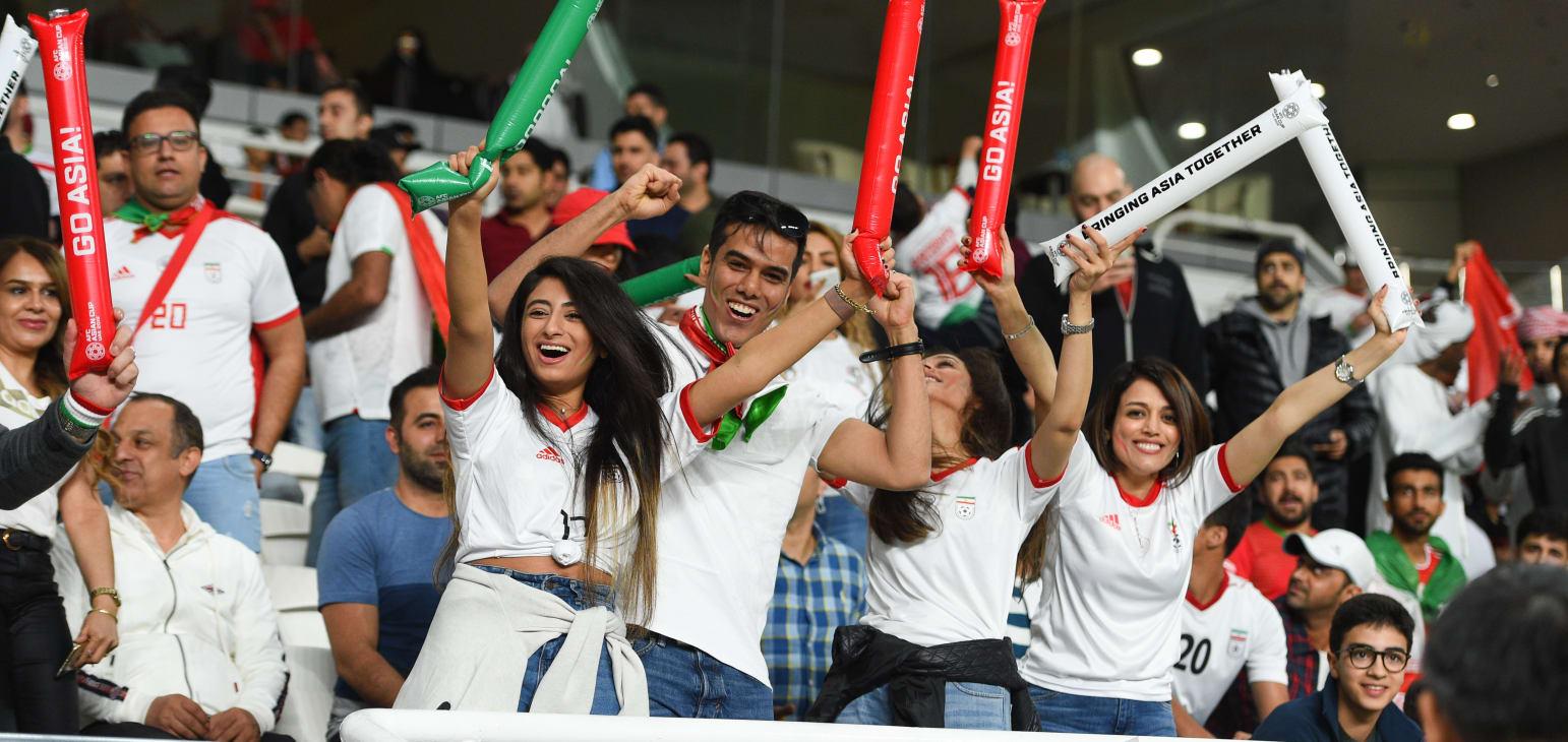 سرگرمی به نام: حضور زنان در ورزشگاههای ایران