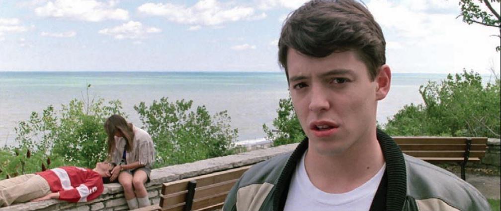 فیلم Ferris Buehler's Day Off شامل چندین مثال از شکستن دیوار چهارم است.در اکثر فیلمها این تکنیک به دلیل تاثیر طنزآلودش استفاده میشود.