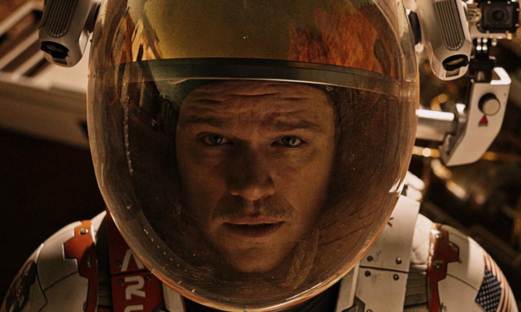 یک کلوزآپ از The Martian؛ همچنین معروف به نمای سر و شانهها (head-and-shoulders)
