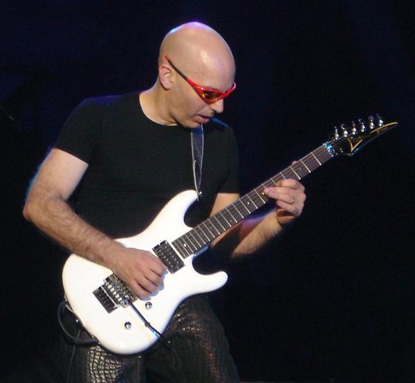 گیتار الکتریک ، آغاز
