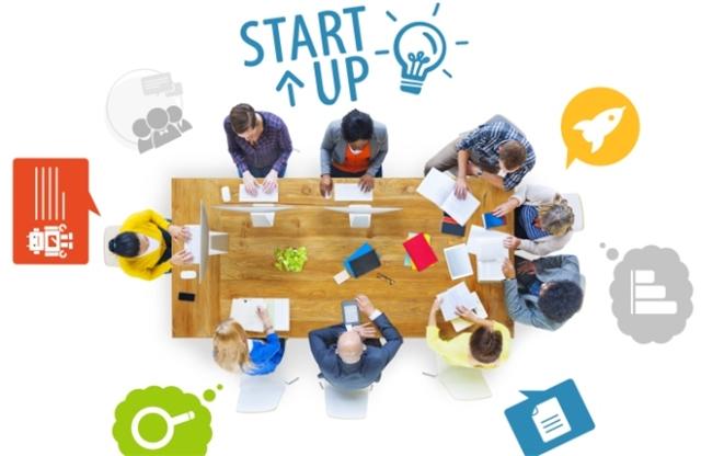 کار در یک سازمان و بعد شروع یک استارتاپ یا برعکس؟