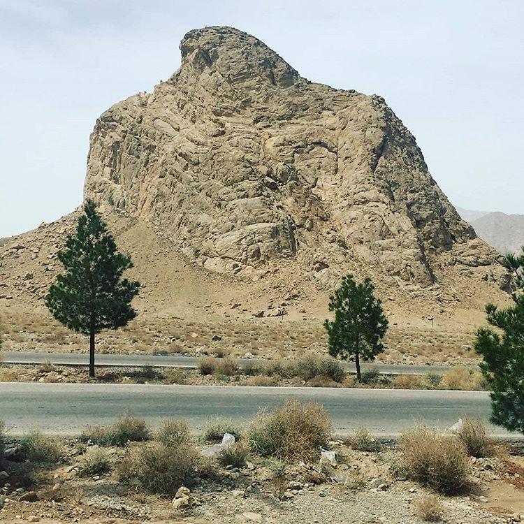 عقاب کوه-تفت-یزد
