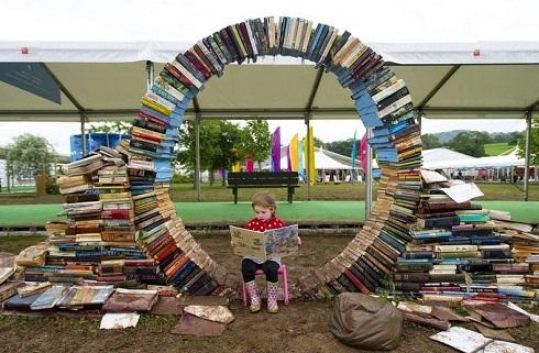 بهشت یک جور کتابخانه است!