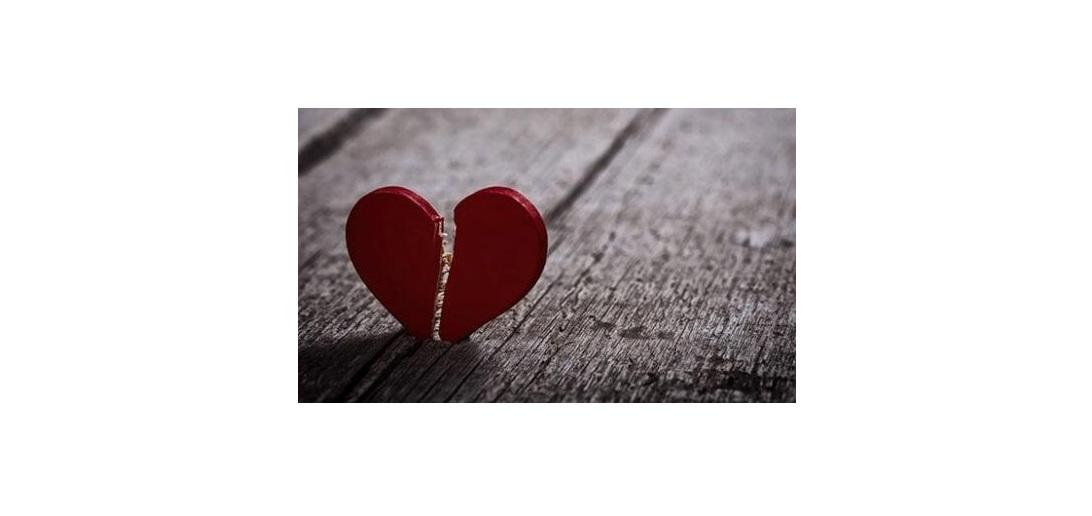 گر عشق نبودی و غم عشق نبودی،من خود را کی ضربه مغزی نمودی؟!(طنز علمی)
