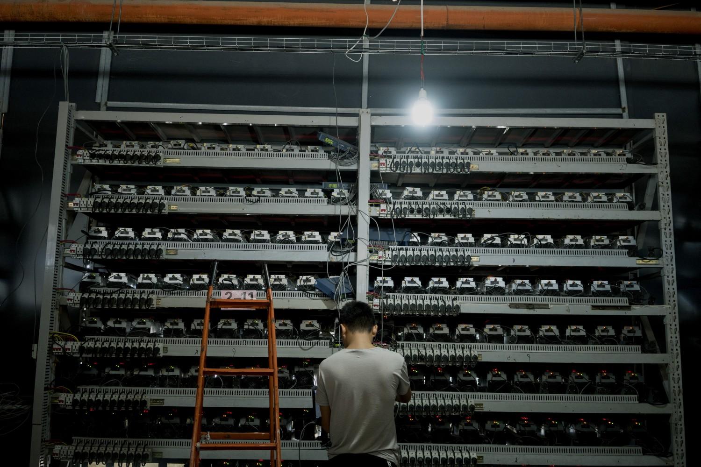 میزان مصرف برق شبکه بیت کوین به هیچ وجه مثل خودش مجازی نیست