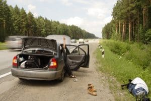 6 علت اینکه خودرو هنگام رانندگی خاموش میشود: راهحلهای معمول