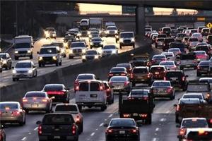 سرپرست معاونت ترافیک شهرداری تهران از پولی شدن پارک خودروها در بیشتر خیابان های پایتخت خبر داد