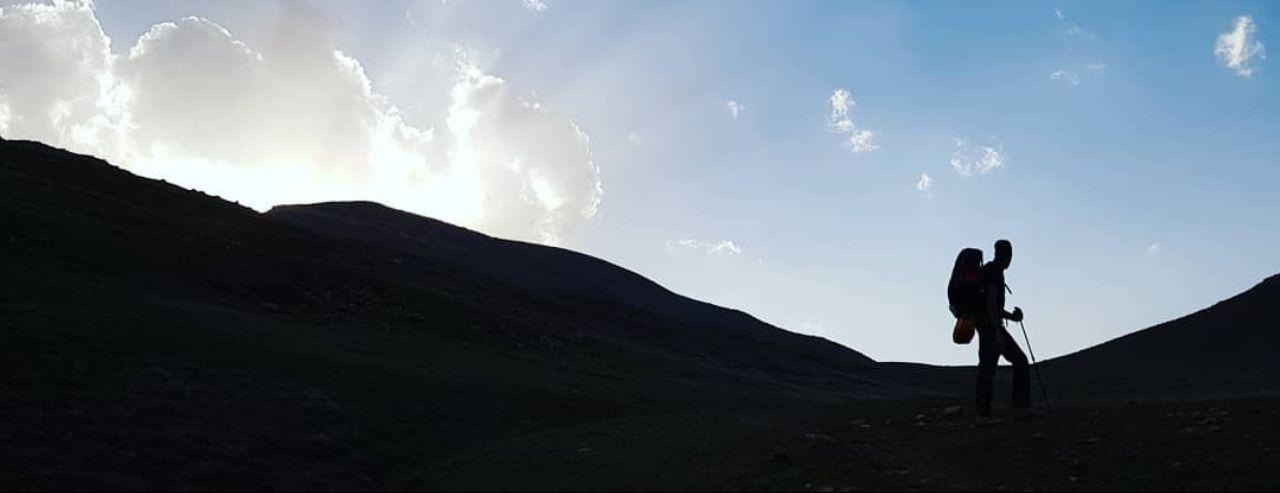 میخوای به قلهی زندگیت برسی یا چی؟