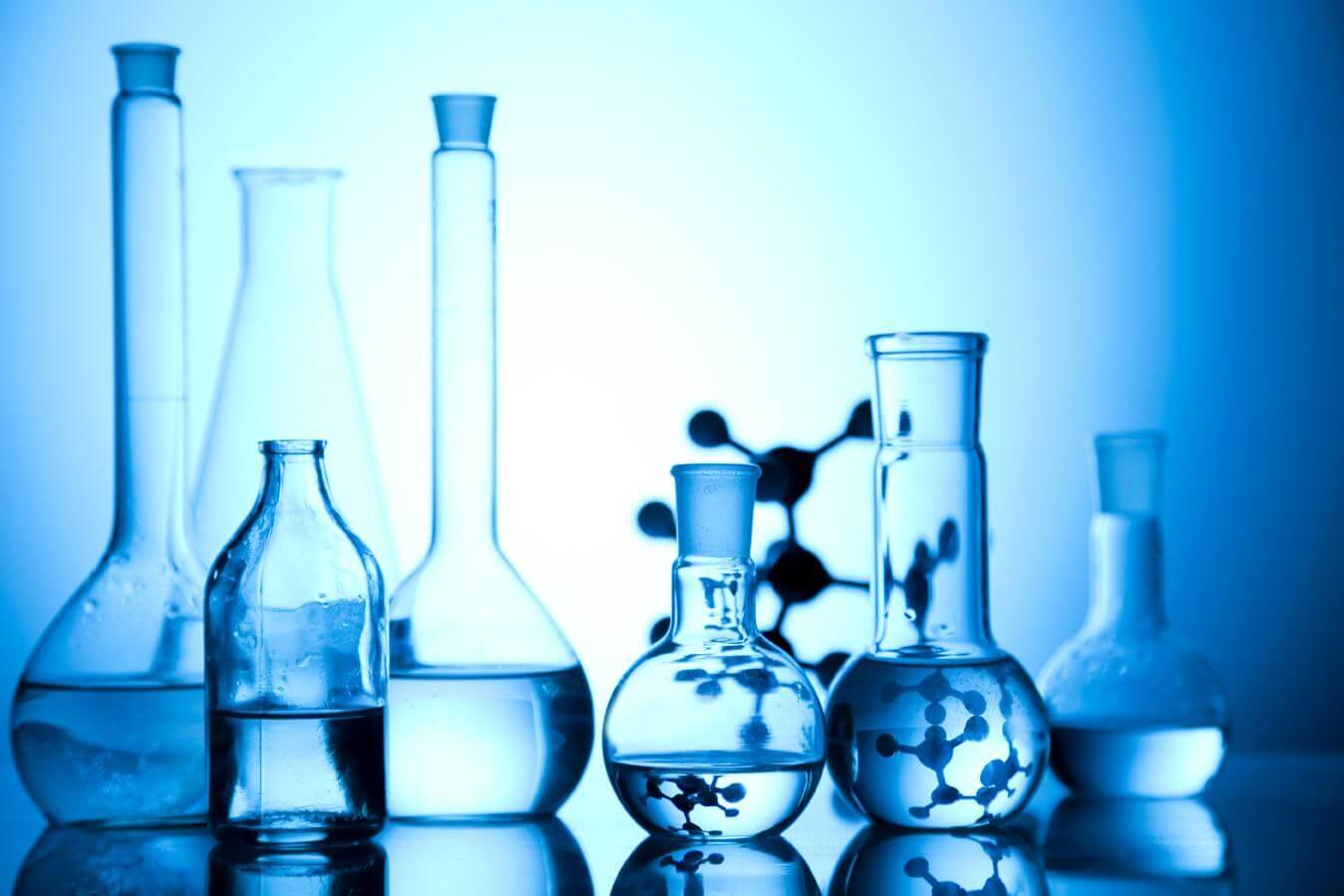 لیست ده مورد از پرکاربردترین شیشه آلات آزمایشگاهی