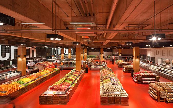 نمایی از یک سوپرمارکت زیبا
