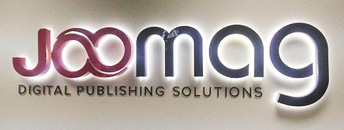 لوگوی جومگ، در ورودی شرکت