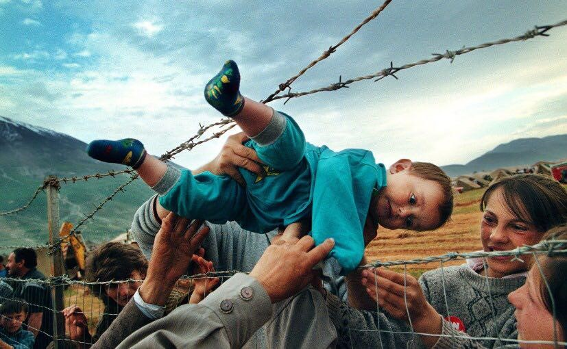 عکس متعلق به پناهجویان آلبانیایی تبار کوزوو