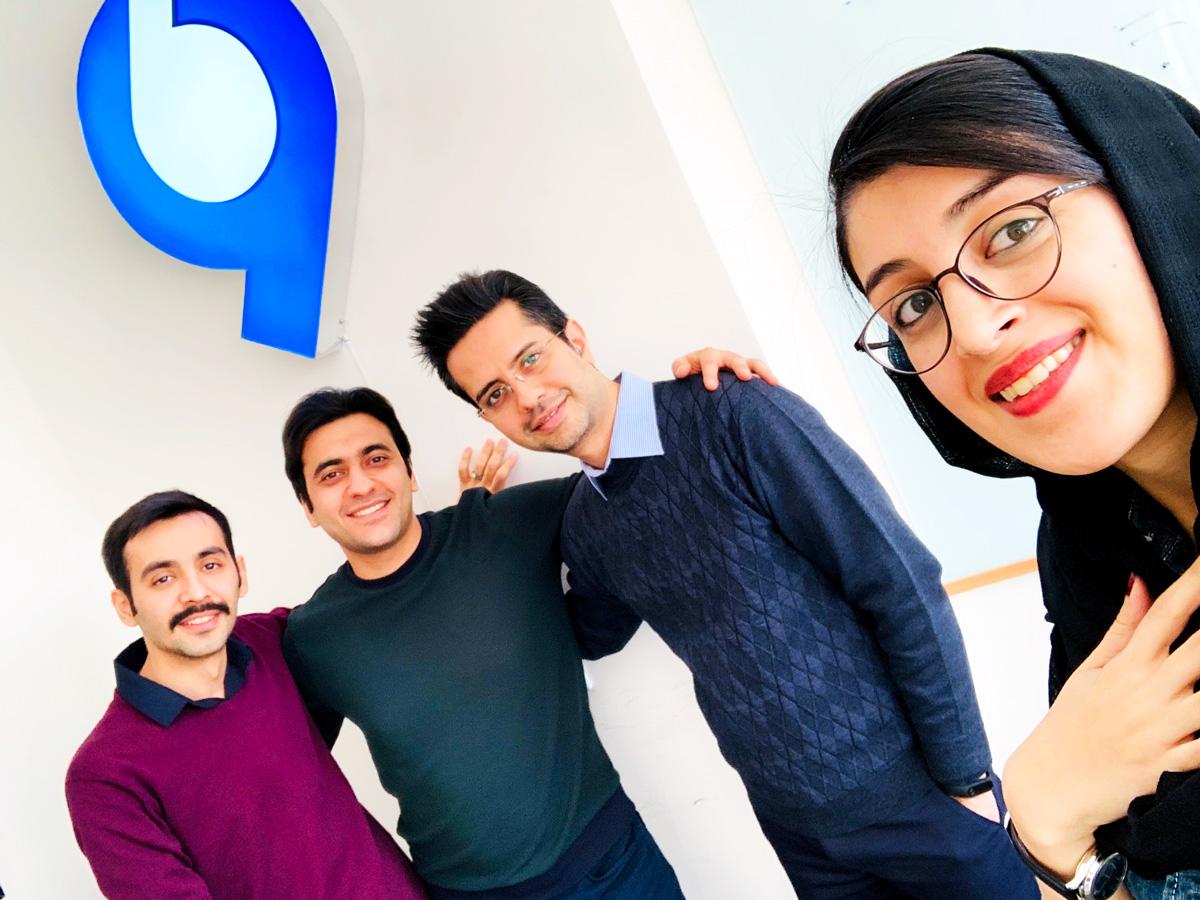 مهکامه مجدی، هادی ناجی، عباس ملک حسینی، علی آجودانیان