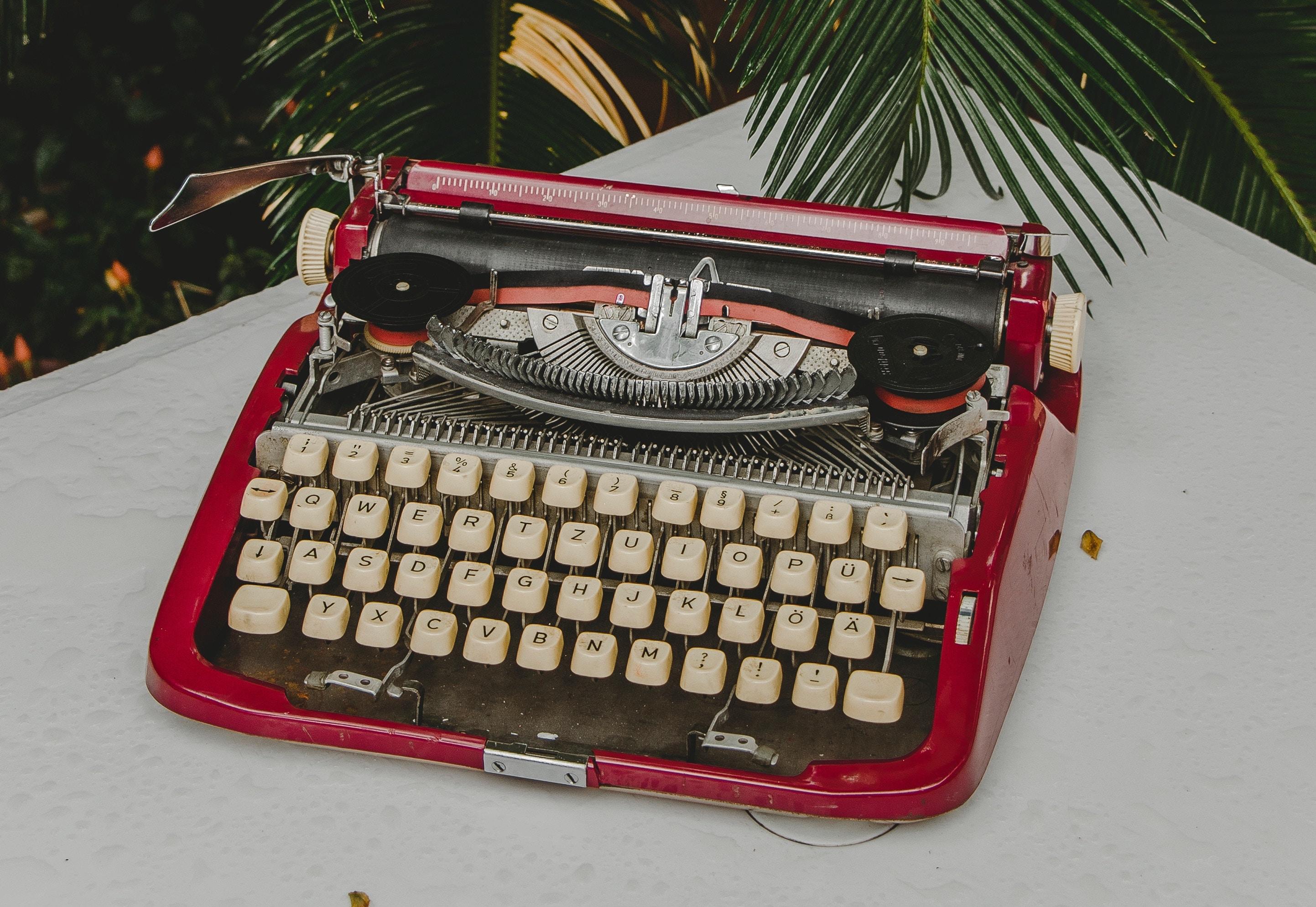 وبلاگنویسی: ۸ دلیلی که خوانندگان وبلاگتان را کم میکند!