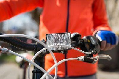 شکل 3: استفاده از پوشش روشن برای دوچرخهسواری